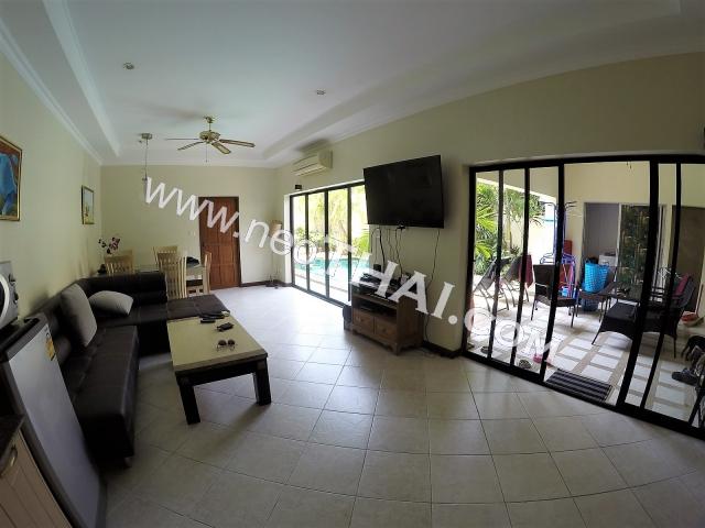 Majestic Residence Pattaya Condo