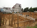 17 December 2011 Art on the Hill, Pattaya - new pictures from construction site