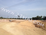 28 April 2012 Baan Dusit Pattaya Park - photos from the construction site of the village